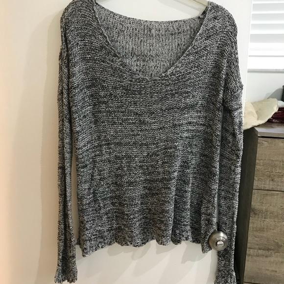 d7d9582d04 Brandy Melville Sweaters - Brandy Melville sweater